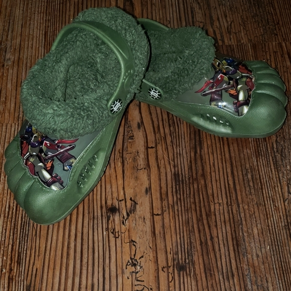 Ninja Turtles croc style shoes size 7-8 EUR 25 nwt